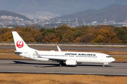 express999さんが、高松空港で撮影した日本航空 737-846の航空フォト(飛行機 写真・画像)