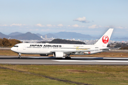 express999さんが、高松空港で撮影した日本航空 767-346/ERの航空フォト(飛行機 写真・画像)