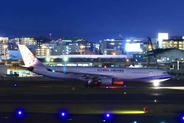 aki241012さんが、福岡空港で撮影したチャイナエアライン A330-302の航空フォト(飛行機 写真・画像)