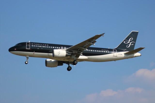 えのびよーんさんが、福岡空港で撮影したスターフライヤー A320-214の航空フォト(飛行機 写真・画像)