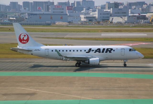 えのびよーんさんが、福岡空港で撮影したジェイエア ERJ-170-100 (ERJ-170STD)の航空フォト(飛行機 写真・画像)