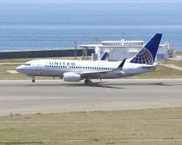 不揃いさんが、中部国際空港で撮影したユナイテッド航空 737-724の航空フォト(飛行機 写真・画像)
