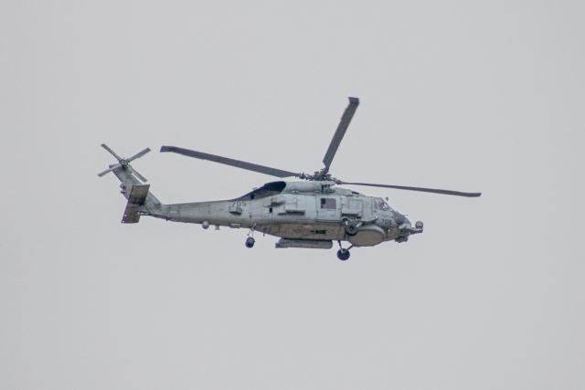 ゆーすきんさんが、厚木飛行場で撮影したアメリカ海軍 MH-60R Seahawk (S-70B)の航空フォト(飛行機 写真・画像)
