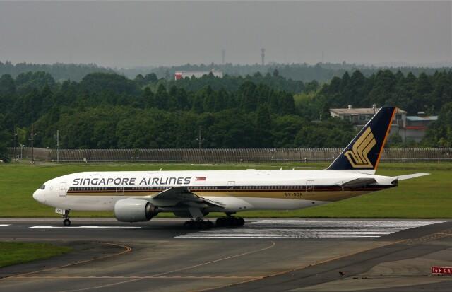 にしやんさんが、成田国際空港で撮影したシンガポール航空 777-212/ERの航空フォト(飛行機 写真・画像)