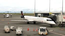 Cassiopeia737さんが、バンクーバー国際空港で撮影したエア・カナダ ジャズ CL-600-2D15 Regional Jet CRJ-705ERの航空フォト(飛行機 写真・画像)