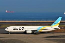 Hiro Satoさんが、羽田空港で撮影したAIR DO 767-381/ERの航空フォト(飛行機 写真・画像)