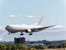 jp arrowさんが、名古屋飛行場で撮影した航空自衛隊 KC-767J (767-2FK/ER)の航空フォト(飛行機 写真・画像)