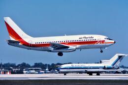 パール大山さんが、マイアミ国際空港で撮影したエア・フロリダ 737-2S3/Advの航空フォト(飛行機 写真・画像)