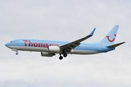 NIKEさんが、ロンドン・ガトウィック空港で撮影したトムソン航空 737-8K5の航空フォト(飛行機 写真・画像)