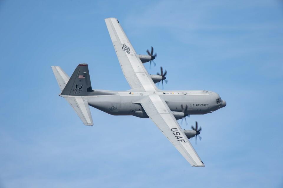 Takeshi90ssさんのアメリカ空軍 Lockheed Martin C-130 Hercules (14-5807) 航空フォト