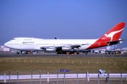 キットカットさんが、成田国際空港で撮影したカンタス航空 747-238BMの航空フォト(飛行機 写真・画像)