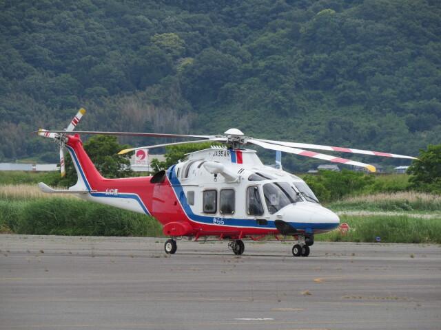 F.YUKIHIDEさんが、岡南飛行場で撮影した山口県消防防災航空隊 AW169の航空フォト(飛行機 写真・画像)