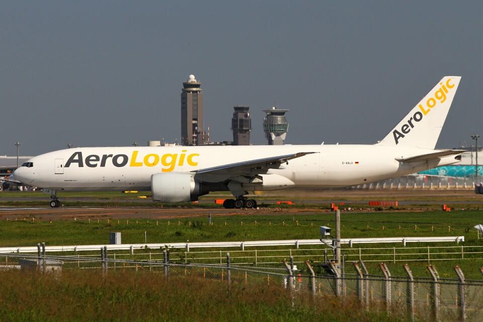 BTYUTAさんのアエロ・ロジック Boeing 777-200 (D-AALB) 航空フォト