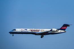 miny_poodleさんが、伊丹空港で撮影したアイベックスエアラインズ CL-600-2C10 Regional Jet CRJ-702の航空フォト(飛行機 写真・画像)