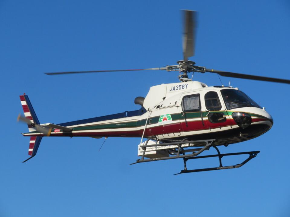ランチパッドさんのエクセル航空 Eurocopter AS350 Ecureuil/AStar (JA358Y) 航空フォト