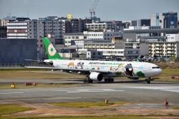 T.Sazenさんが、福岡空港で撮影したエバー航空 A330-302Xの航空フォト(飛行機 写真・画像)
