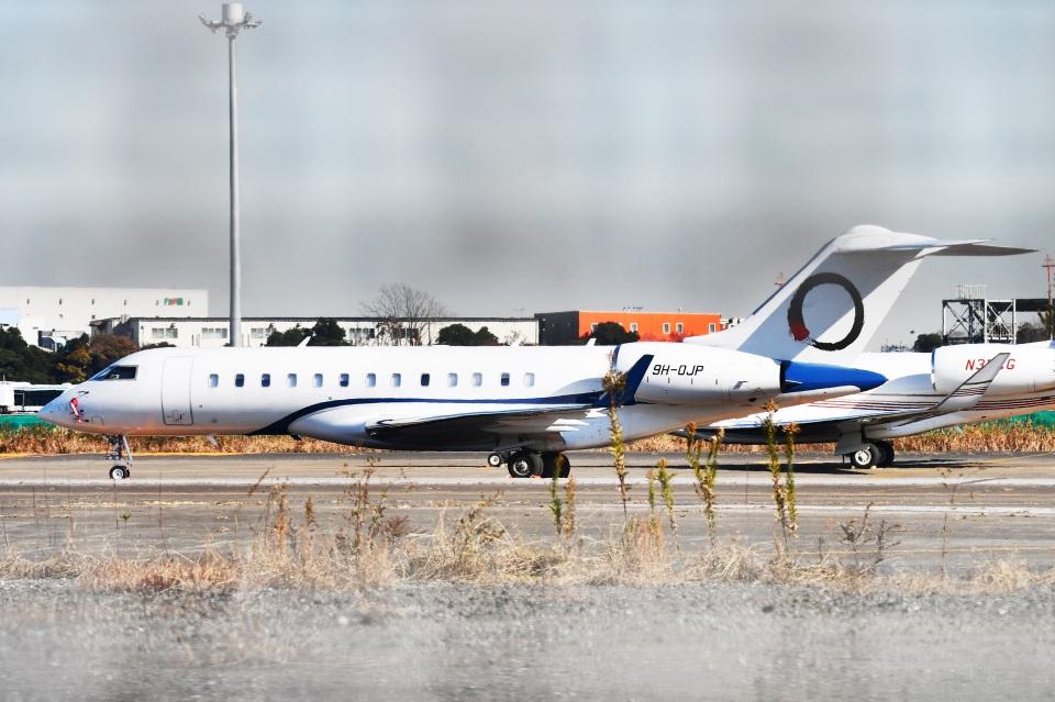 sonnyさんのElitavia Malta  Bombardier BD-700-1A10 Global 6000  (9H-OJP) 航空フォト