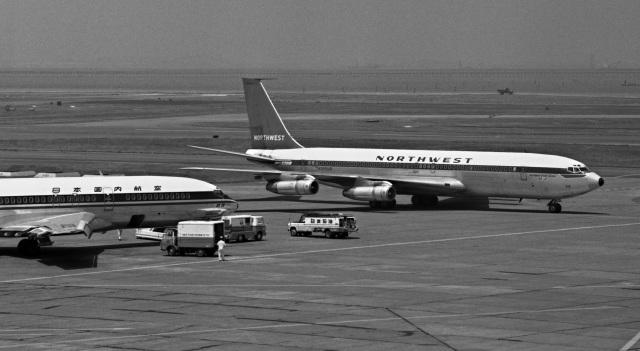 Y.Todaさんが、羽田空港で撮影した日本国内航空 727-89の航空フォト(飛行機 写真・画像)