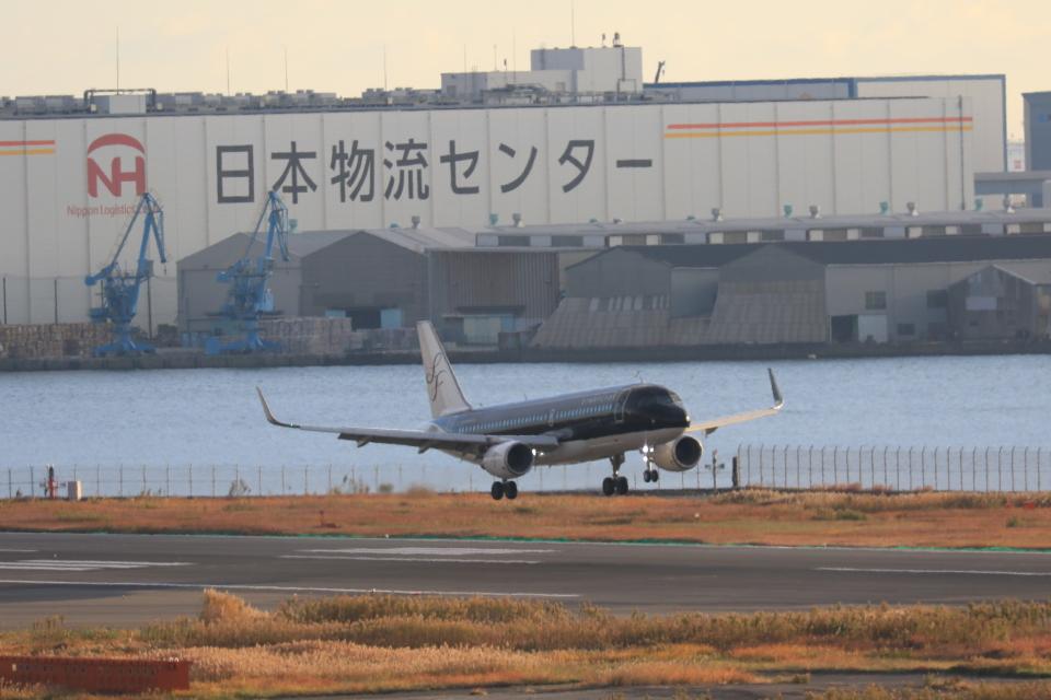 ゆう.さんのスターフライヤー Airbus A320 (JA26MC) 航空フォト