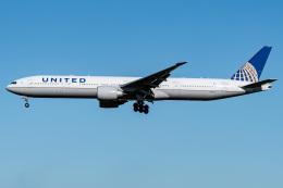 I.Kさんが、成田国際空港で撮影したユナイテッド航空 777-322/ERの航空フォト(飛行機 写真・画像)