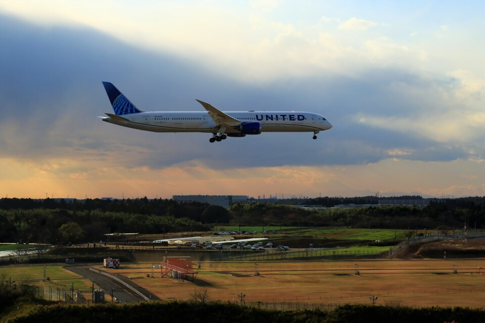 ☆ライダーさんのユナイテッド航空 Boeing 787-10 (N12010) 航空フォト