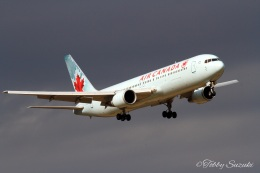 Tobby Suzukiさんが、成田国際空港で撮影したエア・カナダ 767-375/ERの航空フォト(飛行機 写真・画像)