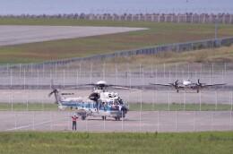 mild lifeさんが、神戸空港で撮影した海上保安庁 EC225LP Super Puma Mk2+の航空フォト(飛行機 写真・画像)