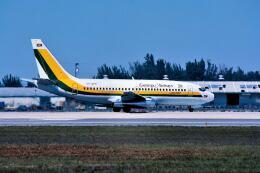 パール大山さんが、マイアミ国際空港で撮影したガイアナ航空 737-2L9/Advの航空フォト(飛行機 写真・画像)