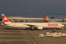 関西国際空港 - Kansai International Airport [KIX/RJBB]で撮影されたスイスインターナショナルエアラインズ - Swiss International Air Lines [LX/SWR]の航空機写真