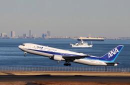 ハム太郎。さんが、羽田空港で撮影した全日空 767-381/ERの航空フォト(飛行機 写真・画像)