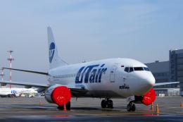 yabyanさんが、ドモジェドヴォ空港で撮影したUTエア 737-524の航空フォト(飛行機 写真・画像)