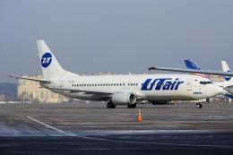 yabyanさんが、ドモジェドヴォ空港で撮影したUTエア 737-45Sの航空フォト(飛行機 写真・画像)