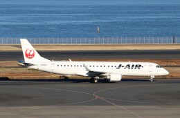 ハム太郎。さんが、羽田空港で撮影したジェイエア ERJ-190-100(ERJ-190STD)の航空フォト(飛行機 写真・画像)