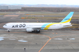 ITM58さんが、新千歳空港で撮影したAIR DO 767-381/ERの航空フォト(飛行機 写真・画像)
