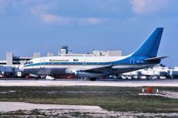 パール大山さんが、マイアミ国際空港で撮影したバハマスエア 737-247の航空フォト(飛行機 写真・画像)