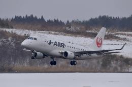 falconさんが、秋田空港で撮影したジェイエア ERJ-170-100 (ERJ-170STD)の航空フォト(飛行機 写真・画像)