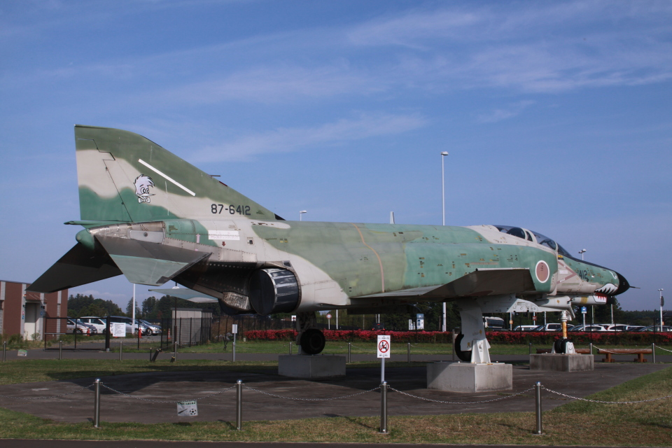 Mr.boneさんの航空自衛隊 Mitsubishi RF-4EJ Phantom II (87-6412) 航空フォト
