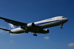天心さんが、伊丹空港で撮影した全日空 767-381/ERの航空フォト(飛行機 写真・画像)