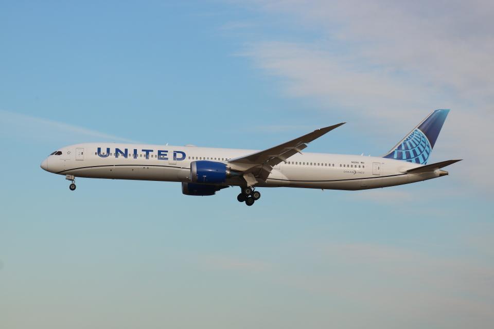 シゲキックスさんのユナイテッド航空 Boeing 787-10 (N12010) 航空フォト