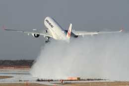 ウッディーさんが、新千歳空港で撮影した日本航空 A350-941の航空フォト(飛行機 写真・画像)