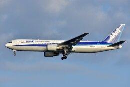 islandsさんが、羽田空港で撮影した全日空 767-381/ERの航空フォト(飛行機 写真・画像)