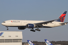 maverickさんが、成田国際空港で撮影したデルタ航空 777-232/LRの航空フォト(飛行機 写真・画像)