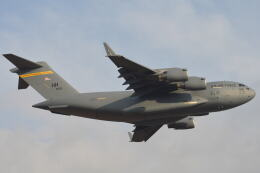 350JMさんが、厚木飛行場で撮影したアメリカ空軍 C-17A Globemaster IIIの航空フォト(飛行機 写真・画像)