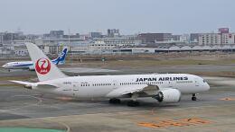 オキシドールさんが、福岡空港で撮影した日本航空 787-8 Dreamlinerの航空フォト(飛行機 写真・画像)