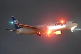 木人さんが、成田国際空港で撮影した全日空 767-381F/ERの航空フォト(飛行機 写真・画像)