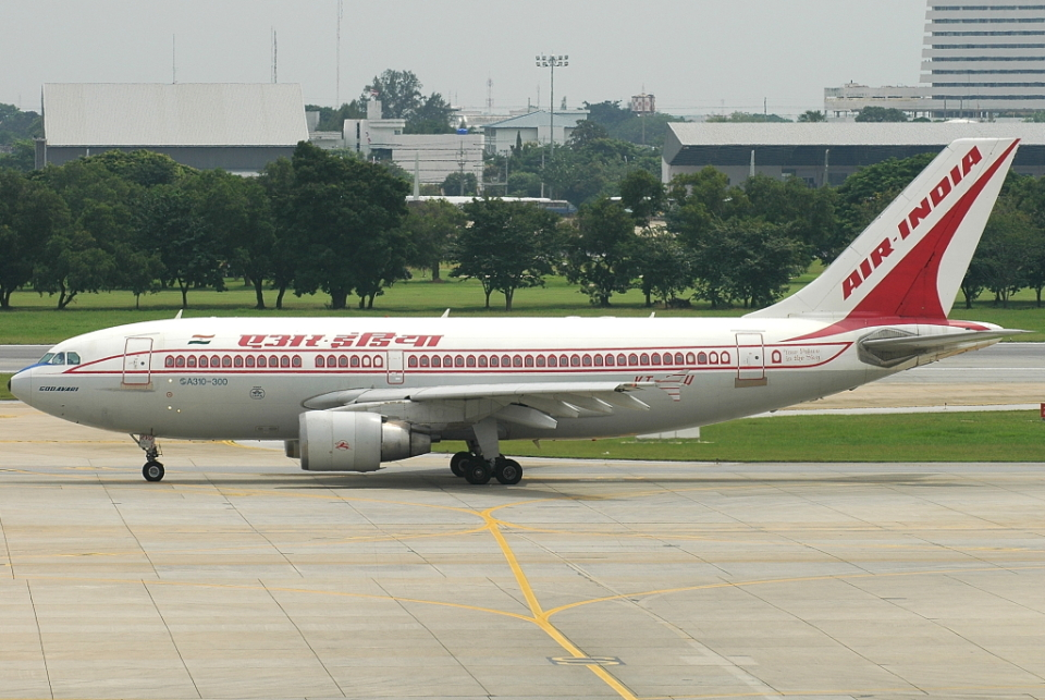 jun☆さんのエア・インディア Airbus A310-300 (VT-EVU) 航空フォト