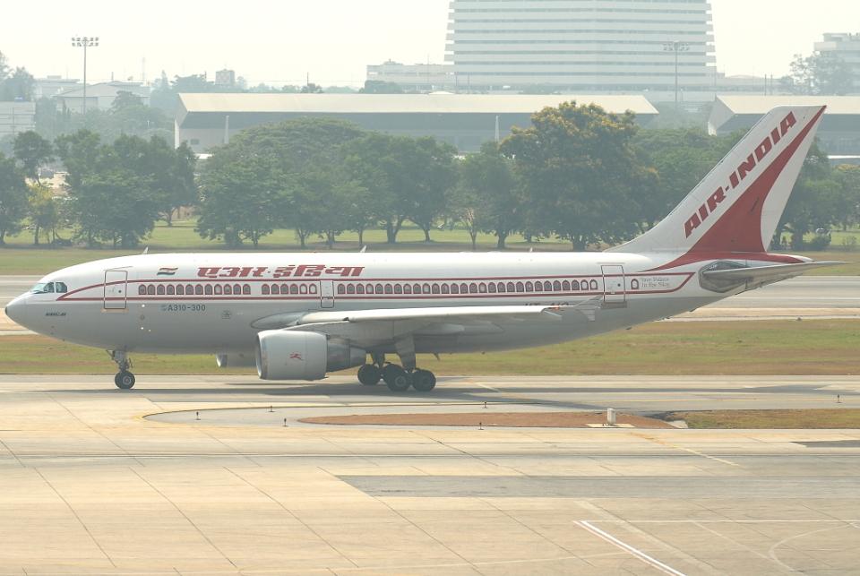 jun☆さんのエア・インディア Airbus A310-300 (VT-AIO) 航空フォト