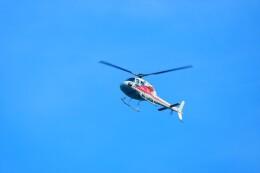 timeさんが、みなとみらいヘリポートで撮影した小川航空 AS355F2 Ecureuil 2の航空フォト(飛行機 写真・画像)