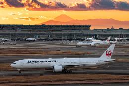 航空フォト:JA742J 日本航空 777-300