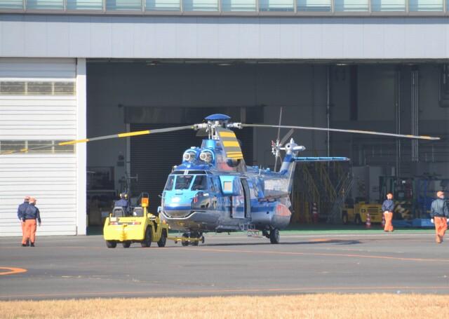 ヘリオスさんが、東京ヘリポートで撮影したエアバス・ヘリコプターズ・ジャパン AS332L1 Super Pumaの航空フォト(飛行機 写真・画像)